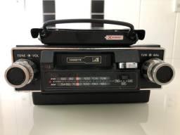 Rádio toca-fitas TKR