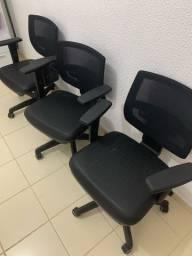 Cadeira Executiva regulagem Altura, Encosto e Braços muito Barata