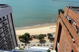 Apartamento beira mar com ar
