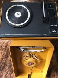 Vitrolas antigas , toca discos phillips