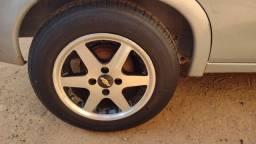 Título do anúncio: Troco rodas 14 sem solda nem trincado por rodas 13 com pneus