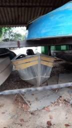 Motor de popa suzuki 15 muito novo mais barco