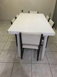 Mesa de jantar 6 cadeira estofadas