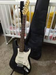 Acessórios + Guitarra Preta Dolphin Stratocaster