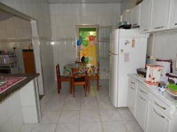 Casa com 4 dormitórios à venda, 279 m² por R$ 430.000,00 - Corumbatai - Corumbataí/SP