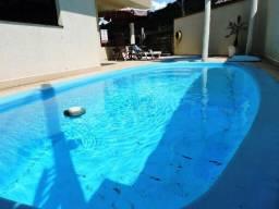 Locação Temporada - Casa com 2 piscinas em Balneário Camboriú