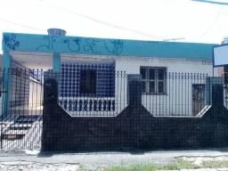 Casa com 4 dormitórios à venda, 200 m² por R$ 650.000,00 - Aldeota - Fortaleza/CE