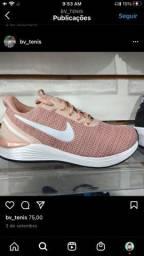 Tênis Nike Revolution - pronta entrega