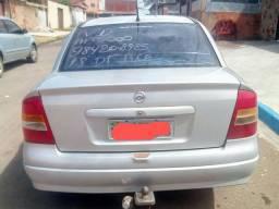 Vendo Astra Sedan 1.8