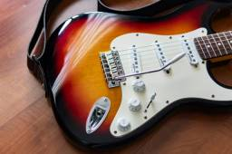 Guitarra vintage reissued v6 Sunburst - strato