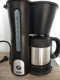 Cafeteira Elétrica Ford 26 Xícaras com Jarra Térmica em Inox - Preto