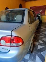 Carro 4 portas Classic 2011