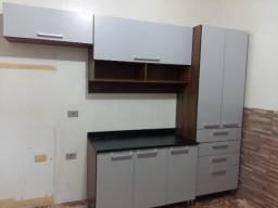 Montador E Pequenos Fretes Montagem desmontagem de Móveis armários , cozinhas, Painéis ,
