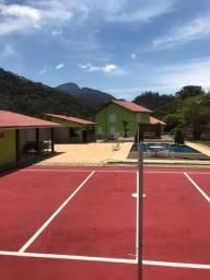 Casa com várias suítes em Itaipava para confraternização de amigos e famílias