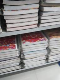 Queima de estoque *Cadernos* baratos