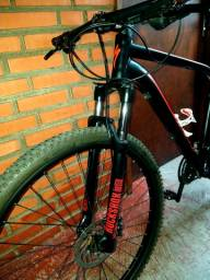 Specialized RockHopper Sport c/RockShox Bike Nova