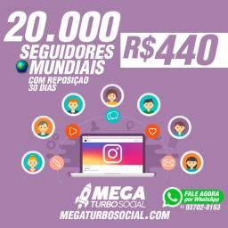 Compre seguidores impulsione suas redes Pacote 20.000 instagram
