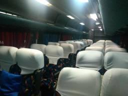 Ônibus Volvo Paradiso 1450