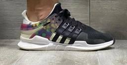 Tênis Adidas EQT pride