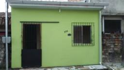 Casa 2/4 Centro/Ananindeua R$ 600, */ *zap