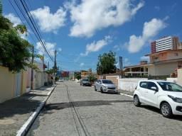 Casa em condominio fechado na Serraria