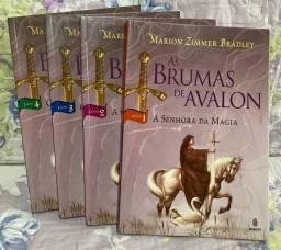 Livros As Brumas de Avalon