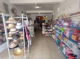 Passo ponto de loja na principal rua do centro de São Pedro da Aldeia