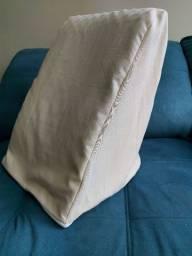 Travesseiro triangular