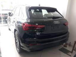 AUDI Q3 Black 1.4 2021