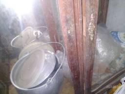 Cristaleira antiga moveis antigos