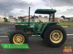 Trator John Deere 5600 4x4 ano 00