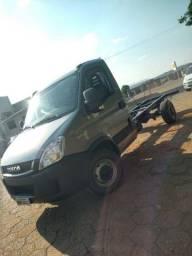 Título do anúncio: Caminhão Iveco Daily 35S14