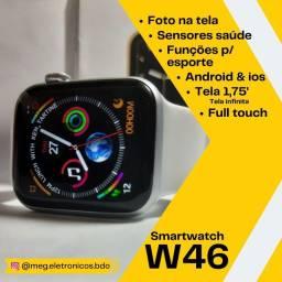 Título do anúncio: Smartwatch W46 tela de 1,75 polegadas bota foto na tela menu comeia<br>