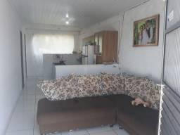 Casa com dois quartos uma suíte Praia de Guaibim Valença Bahia