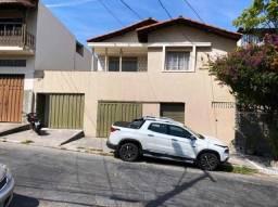 Título do anúncio: Casa Ampla Com 03 Quartos - Dom Bosco + 2 Lojas