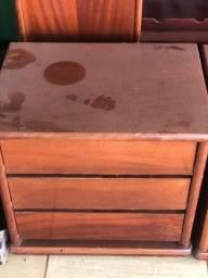 Título do anúncio: Vendo cômoda madeira maciça