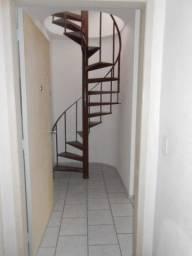 Apartamento Cobertura, 1 d, com ou sem vaga e ótima vista.