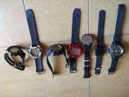 Vendo 7 relógios r$ 200