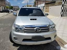 Toyota Hilux SW4 AUT ( EXTRA ) - 2011