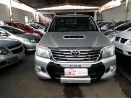 Toyota - Hilux SRV 3.0 - 2013