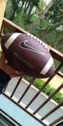 Bola de futebol americano nike