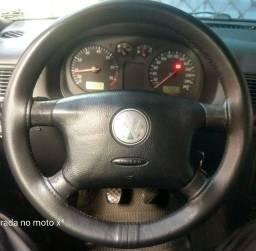 Vendo volante com airbag do Golf 2004.