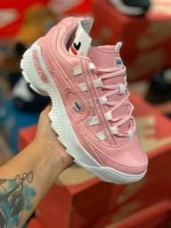 Sapato feminino rosa com branco da fila
