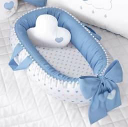 Ninho para Bebê Redutor de Berço Pompom e Corações Azul