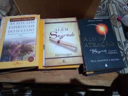 Livros espíritas, auto-ajuda, filosofia, teosofia