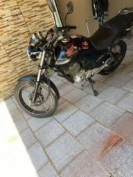 Vende se moto 150 cc