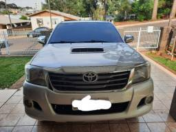 CAMIONETE HILUX 2012