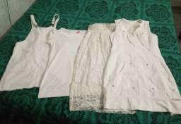 Roupas brancas usadas
