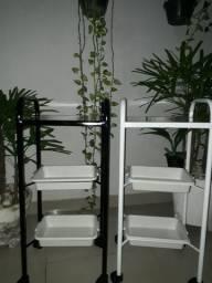 Vendo móveis hospitalar e estética em geral .