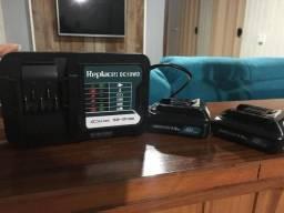 R$ 380.00 carregador de bateria makita com mais duas baterias 12v